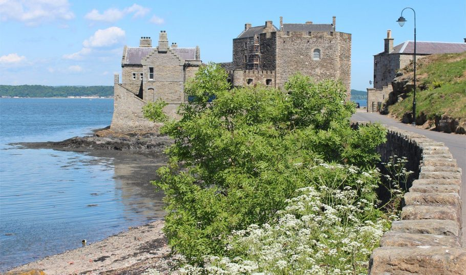 Blackness Castle 2 Aspect Ratio X