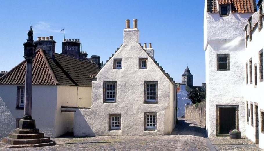 Culross Aspect Ratio X