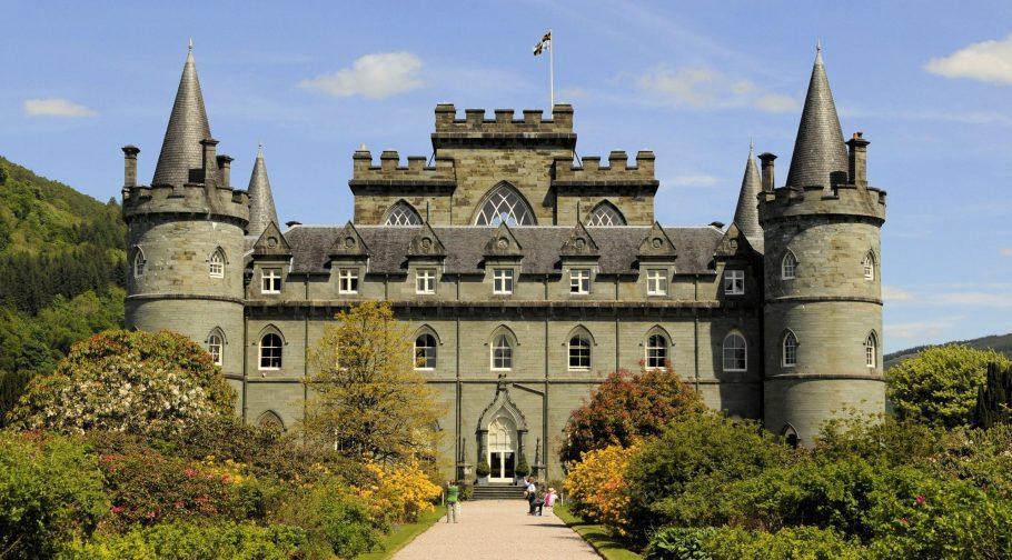Inveraray Castle Scaled Aspect Ratio X